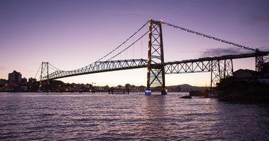 Florianópolis completa 348 anos neste dia 23 de março.