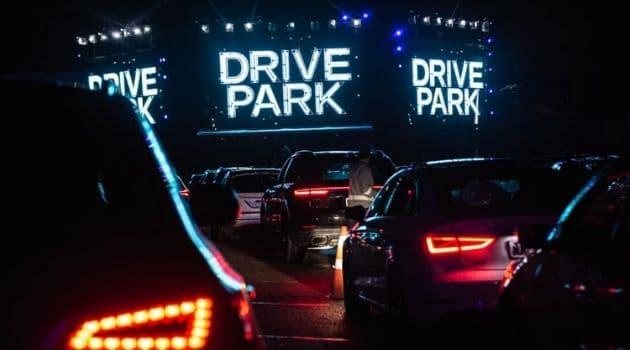 Drive park preparou programação com filmes, show e humor. Confira.Drive park terá humor, filmes e música no fim de semana.