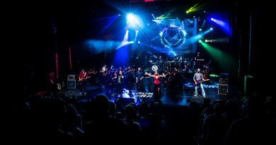 Live com Baladas de rock é a homenagem da Camerata aos namorados.