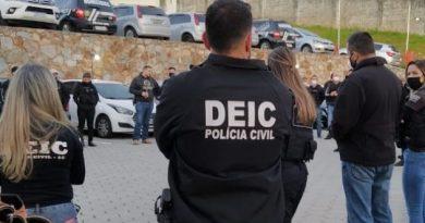 Polícia civil faz operação contra organização criminosa em SC.