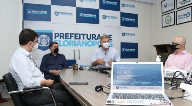Prefeitura de Florianópolis quer gerar ao menos 20 mil empregos em dois anos.