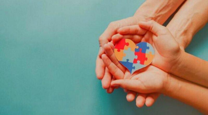 Médica psiquiatra publica artigo sobre diagnóstico de Autismo na vida adulta.