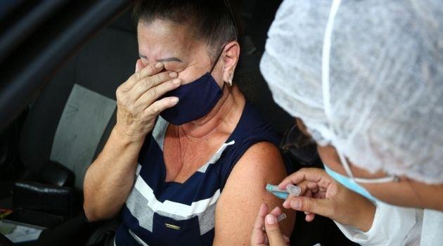 Florianópolis atinge 30% da população vacinada contra a COVID-19.